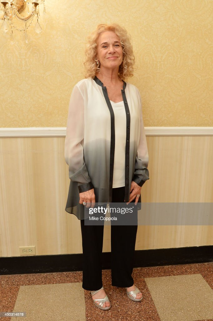 <a gi-track='captionPersonalityLinkClicked' href=/galleries/search?phrase=Carole+King+-+Musician&family=editorial&specificpeople=211440 ng-click='$event.stopPropagation()'>Carole King</a> poses in the press room at the 68th Annual Tony Awards on June 8, 2014 in New York City.