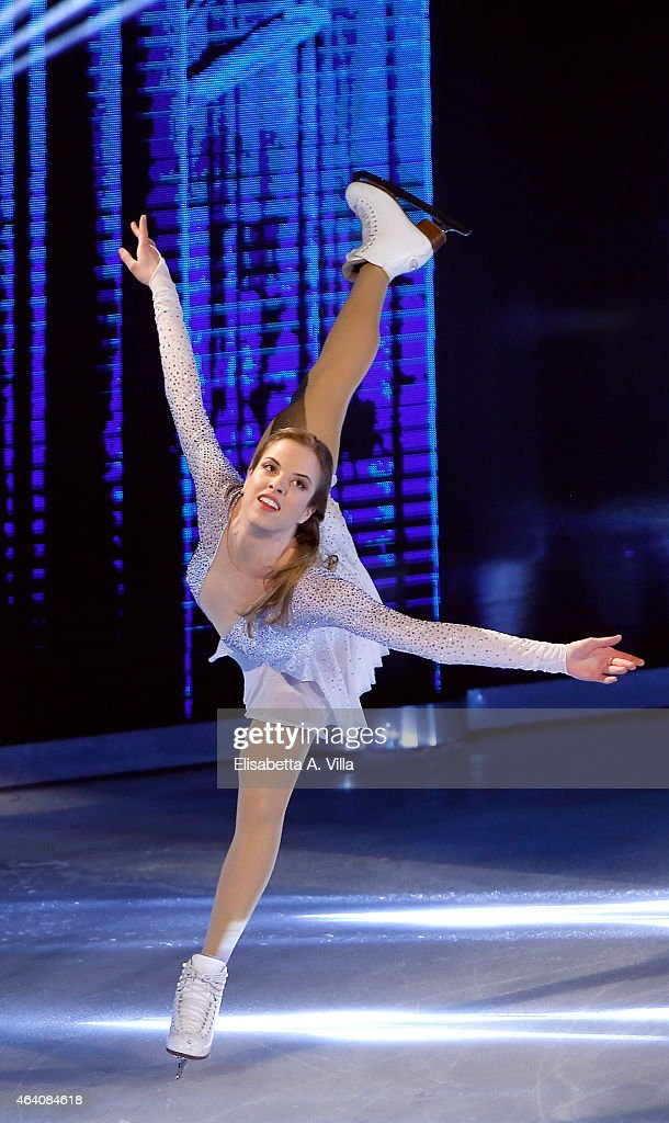<a gi-track='captionPersonalityLinkClicked' href=/galleries/search?phrase=Carolina+Kostner&family=editorial&specificpeople=729836 ng-click='$event.stopPropagation()'>Carolina Kostner</a> performs during the 'Notti Sul Ghiaccio' (Stars On Ice) TV Show at RAI Studios on February 21, 2015 in Rome, Italy.