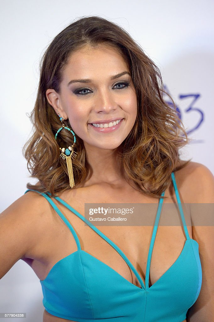 http://media.gettyimages.com/photos/carolina-miranda-attends-premiere-of-new-telemundo-productions-sin-picture-id577904338