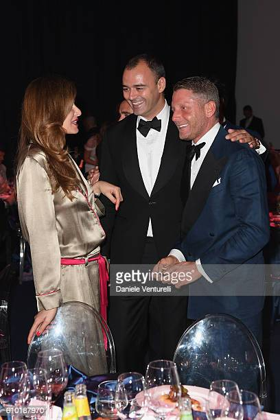 Carolina Parsons Milutin Gatsby and Lapo Elkann are seen at the dinner of amfAR Milano 2016 at La Permanente on September 24 2016 in Milan Italy