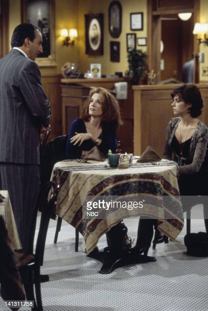 CITY 'Caroline and the Gay Art Show' Episode 3 Aired 10/5/95 Pictured Lea Thompson as Caroline Duffy Amy Pietz as Annie Viola Spadaro Photo by Mike...