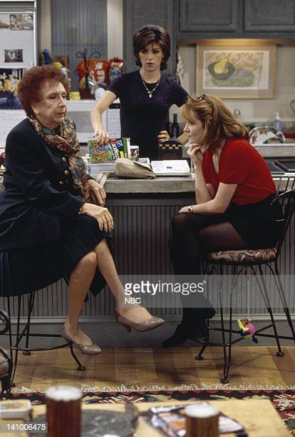CITY 'Caroline and the Opera' Episode 7 Aired 11/9/95 Pictured Jean Stapleton as Aunt Mary Kosky Amy Pietz as Annie Viola Spadaro Lea Thompson as...