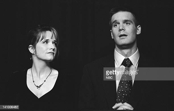CITY 'Caroline and the Opera' Episode 7 Aired 11/9/95 Pictured Lea Thompson as Caroline Duffy Peter Krause as Peter Weimerling Photo by Mike...