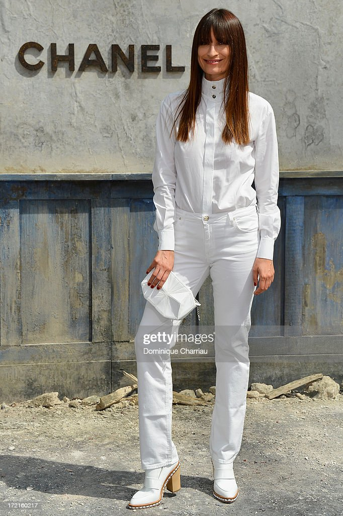 <a gi-track='captionPersonalityLinkClicked' href=/galleries/search?phrase=Caroline+de+Maigret&family=editorial&specificpeople=7082665 ng-click='$event.stopPropagation()'>Caroline de Maigret</a> attends the Chanel show as part of Paris Fashion Week Haute Couture Fall/Winter 2013-2014 at Grand Palais on July 2, 2013 in Paris, France.