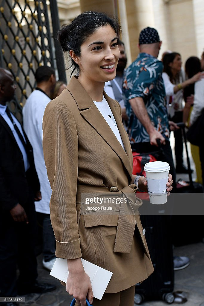<a gi-track='captionPersonalityLinkClicked' href=/galleries/search?phrase=Caroline+Issa&family=editorial&specificpeople=2254046 ng-click='$event.stopPropagation()'>Caroline Issa</a> is seen arriving at Maison Margiela Show during Paris Fashion Week - Menswear Spring/Summer 2017 on June 24, 2016 in Paris, France.