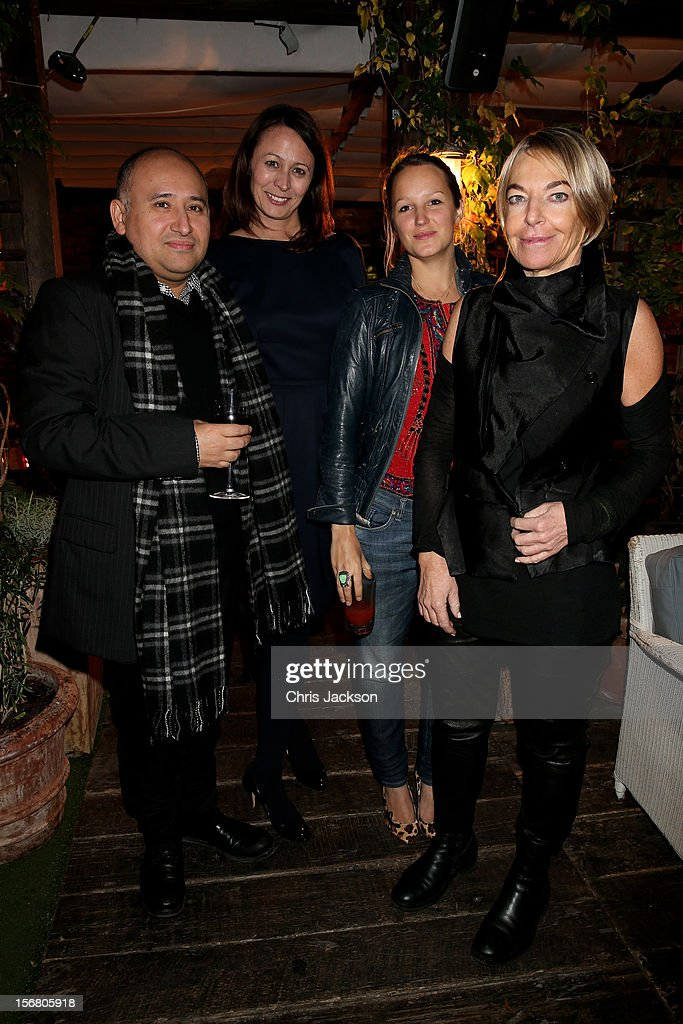 Caroline Rush(2nd R) Chief Executive of BFC and her team pose during the Vodafone Fashionable Pub Quiz at Shoreditch House on November 21, 2012 in London, United Kingdom. As Principal Sponsor of London Fashion Week, the quiz celebrated Vodafone's commitment to British Fashion.
