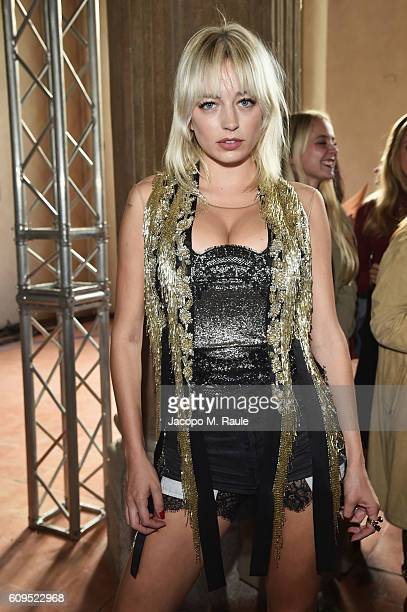 Caroline Vreeland in Alberta ferretti attends the Alberta Ferretti show during Milan Fashion Week Spring/Summer 2017 on September 21 2016 in Milan...
