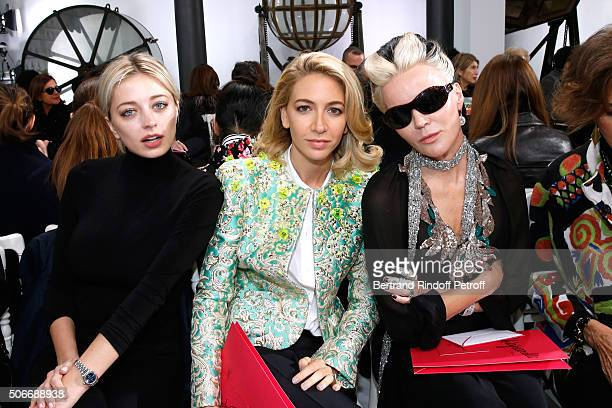 Caroline Vreeland Sabine Getty and Artist Daphne Guinness attend the Schiaparelli Haute Couture Spring Summer 2016 show as part of Paris Fashion Week...