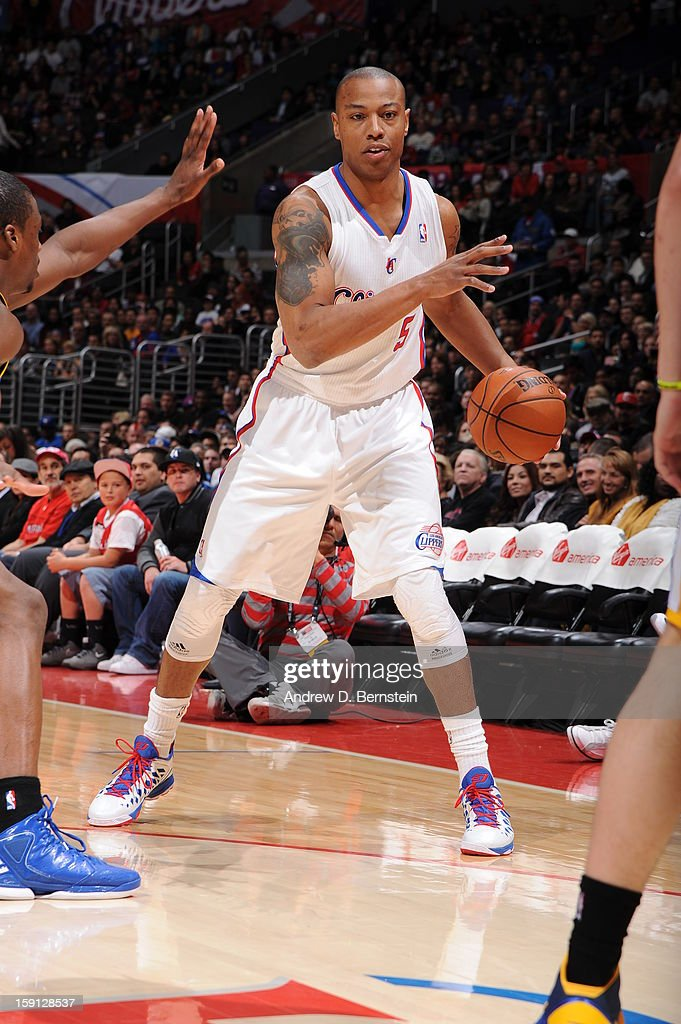 <a gi-track='captionPersonalityLinkClicked' href=/galleries/search?phrase=Caron+Butler&family=editorial&specificpeople=201744 ng-click='$event.stopPropagation()'>Caron Butler</a> #5 of the Los Angeles Clippers looks to drive to the basket against the Golden State Warriors at Staples Center on January 5, 2013 in Los Angeles, California.