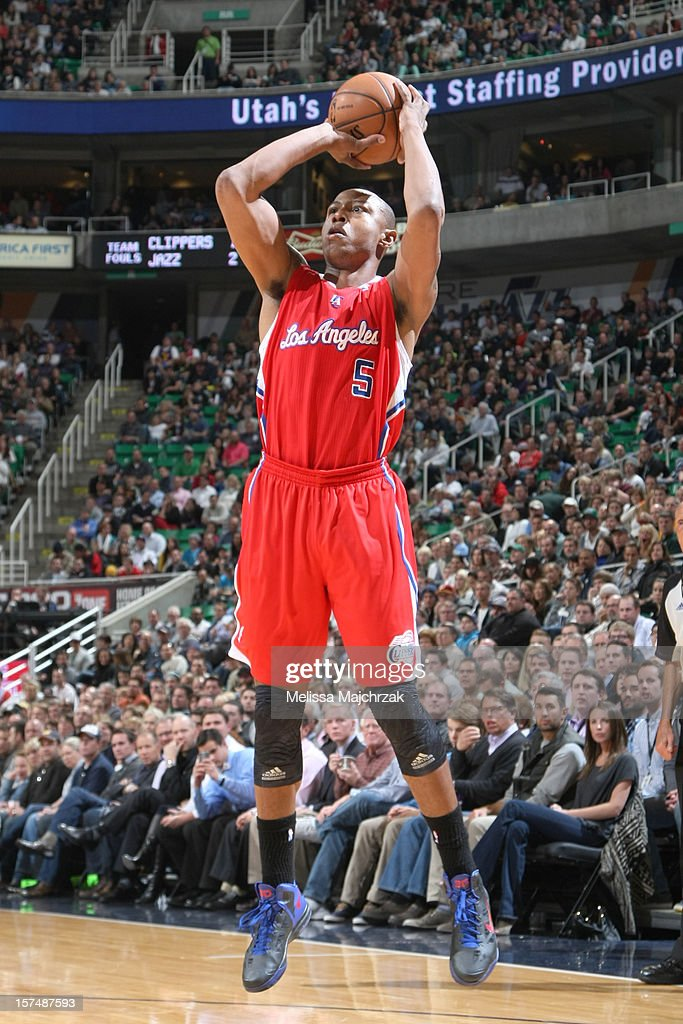 <a gi-track='captionPersonalityLinkClicked' href=/galleries/search?phrase=Caron+Butler&family=editorial&specificpeople=201744 ng-click='$event.stopPropagation()'>Caron Butler</a> #5 of the Los Angeles Clippers shoots against the Utah Jazz at Energy Solutions Arena on December 03, 2012 in Salt Lake City, Utah.