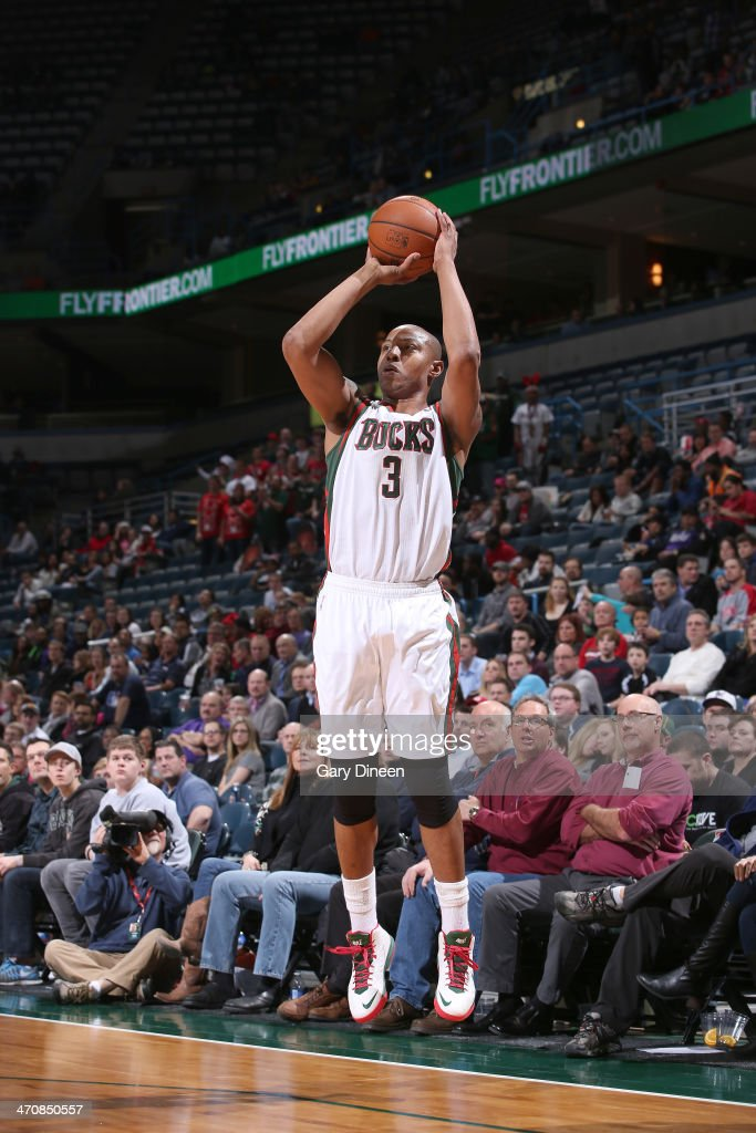 <a gi-track='captionPersonalityLinkClicked' href=/galleries/search?phrase=Caron+Butler&family=editorial&specificpeople=201744 ng-click='$event.stopPropagation()'>Caron Butler</a> #3 of the Milwaukee Bucks shoots against the Denver Nuggets on February 20, 2014 at the BMO Harris Bradley Center in Milwaukee, Wisconsin.