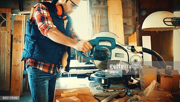 Carpenteria lavoro.