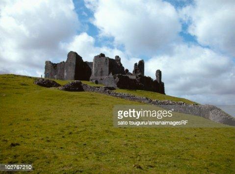 Carreg Cennen Castle, Wales, UK : Stock Photo