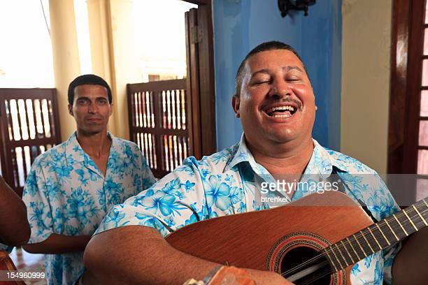 Groupe de musique des Caraïbes-Guitariste