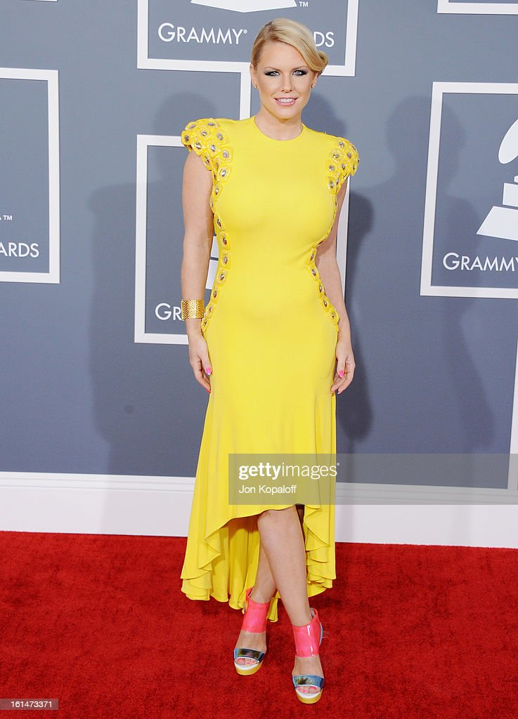 Carrie Keagan arrives at The 55th Annual GRAMMY Awards at Staples Center on February 10, 2013 in Los Angeles, California.