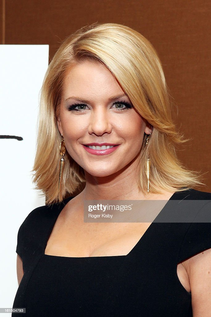 <a gi-track='captionPersonalityLinkClicked' href=/galleries/search?phrase=Carrie+Keagan&family=editorial&specificpeople=2247557 ng-click='$event.stopPropagation()'>Carrie Keagan</a> attends Doing Art Together honors Swizz Beats and Dr. George Williams at Mandarin Oriental Hotel on February 11, 2013 in New York City.