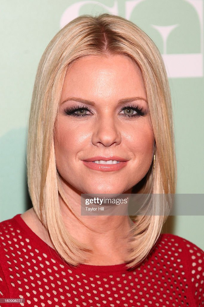 <a gi-track='captionPersonalityLinkClicked' href=/galleries/search?phrase=Carrie+Keagan&family=editorial&specificpeople=2247557 ng-click='$event.stopPropagation()'>Carrie Keagan</a> attends 'Masters Of Sex' New York Series Premiere at The Morgan Library & Museum on September 26, 2013 in New York City.