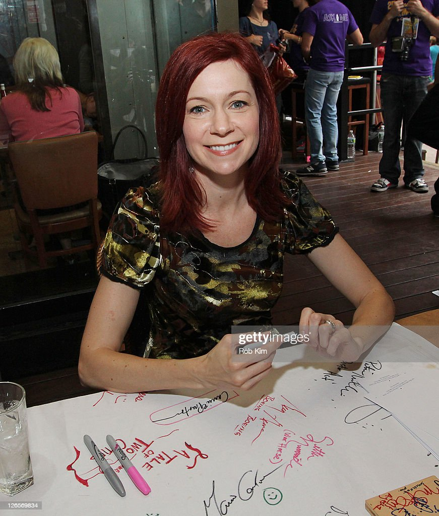 <a gi-track='captionPersonalityLinkClicked' href=/galleries/search?phrase=Carrie+Preston&family=editorial&specificpeople=2220324 ng-click='$event.stopPropagation()'>Carrie Preston</a> attends the 25th annual Broadway Flea Market at The Bernard B. Jacobs Theatre on September 25, 2011 in New York City.