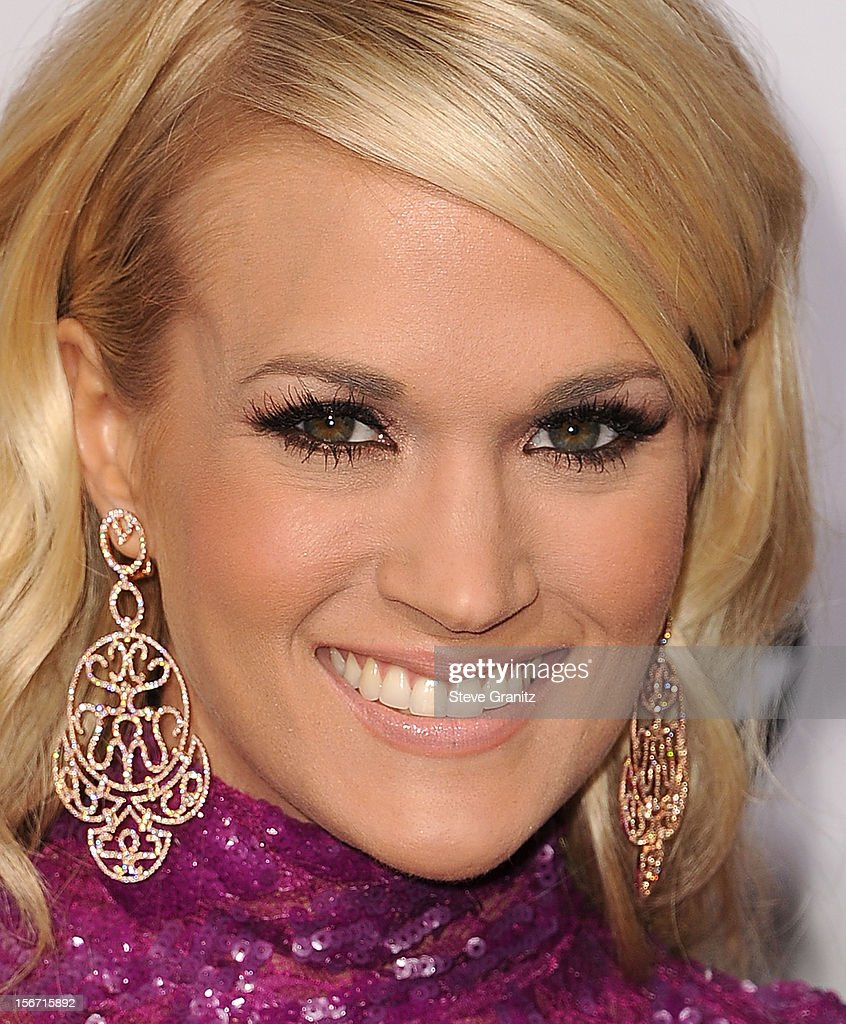 <a gi-track='captionPersonalityLinkClicked' href=/galleries/search?phrase=Carrie+Underwood&family=editorial&specificpeople=204483 ng-click='$event.stopPropagation()'>Carrie Underwood</a> arrives at the 40th Anniversary American Music Awards at Nokia Theatre L.A. Live on November 18, 2012 in Los Angeles, California.