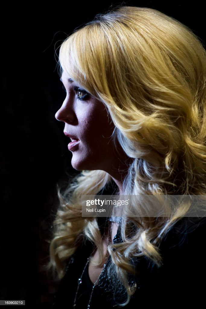 <a gi-track='captionPersonalityLinkClicked' href=/galleries/search?phrase=Carrie+Underwood&family=editorial&specificpeople=204483 ng-click='$event.stopPropagation()'>Carrie Underwood</a> attends a photo call and media interviews ahead of her performance on stage on Day 2 of C2C: Country To Country Festival 2013 at O2 Arena on March 17, 2013 in London, England.