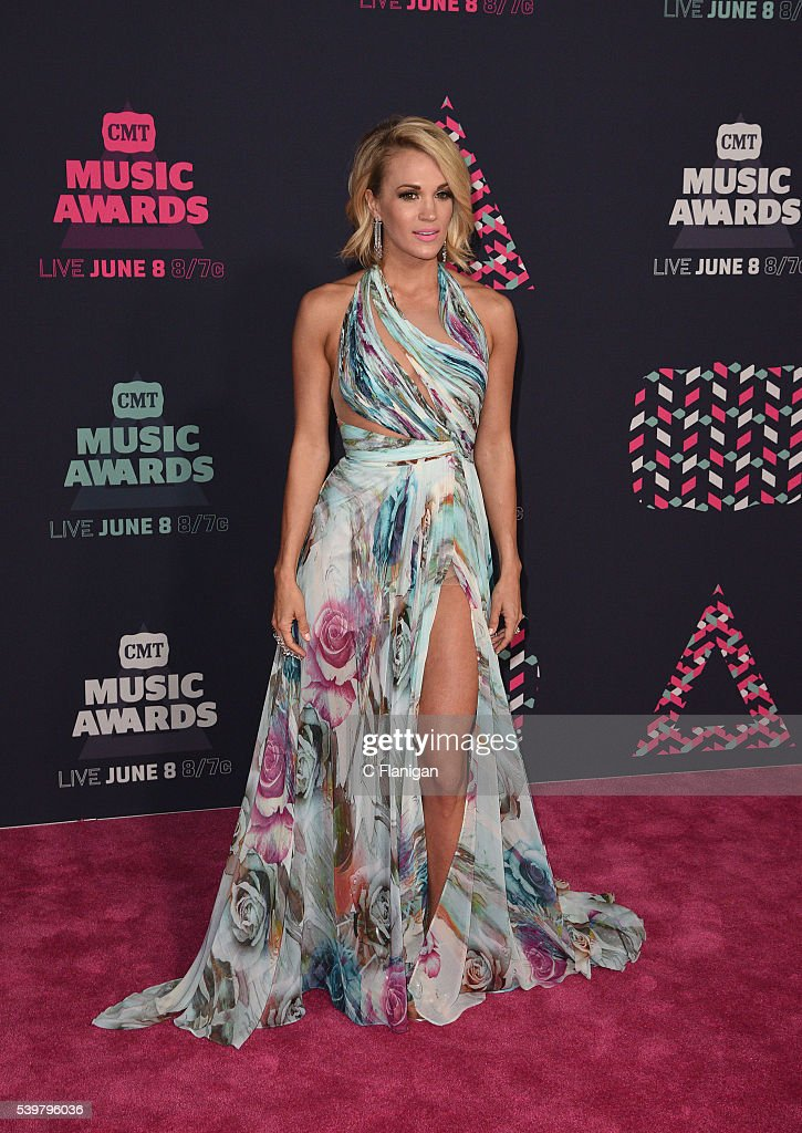 Carrie Underwood attends the 2016 CMT Music awards at the Bridgestone Arena on June 8 2016 in Nashville Tennessee