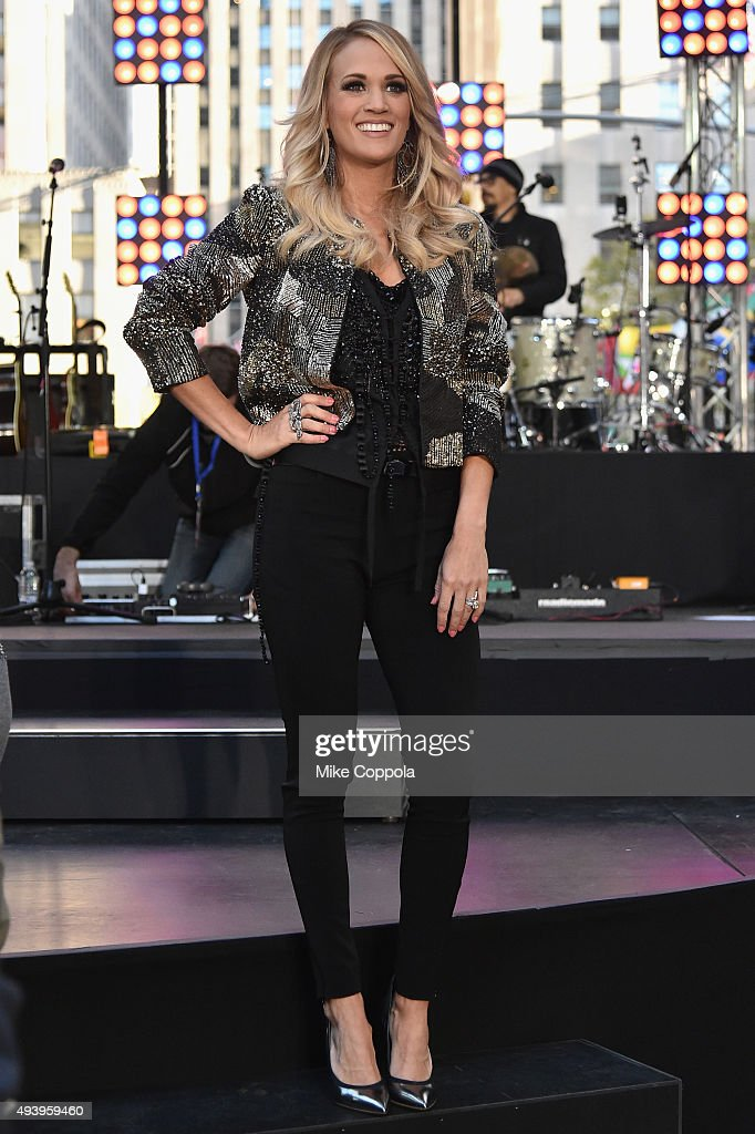 <a gi-track='captionPersonalityLinkClicked' href=/galleries/search?phrase=Carrie+Underwood&family=editorial&specificpeople=204483 ng-click='$event.stopPropagation()'>Carrie Underwood</a> performs on the Citi Concert Series On Today in Rockefeller Plaza on October 23, 2015 in New York City.