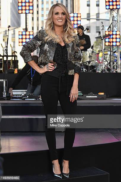 Carrie Underwood performs on the Citi Concert Series On Today in Rockefeller Plaza on October 23 2015 in New York City