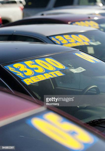 Cars are marked for rebates at the Oakland Automotive Center a General Motors dealer in Oakland California Tuesday Aug 31 2004 Sales at US retailers...