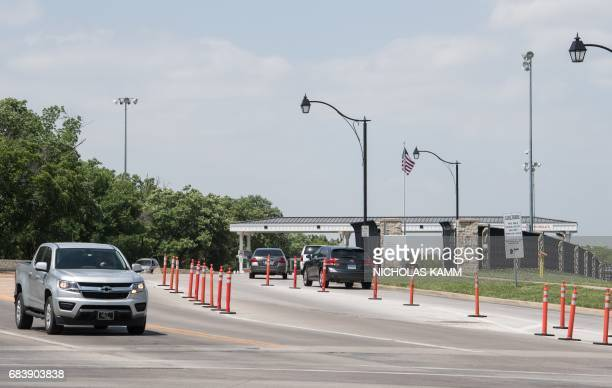 Cars enter and exit US Army facility Fort Leavenworth in Leavenworth Kansas on May 16 2017 After seven years behind bars US Army Private Chelsea...
