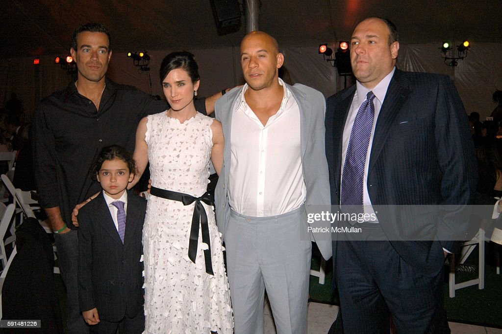 Carson Daly Kai Connelly Jennifer Connelly Vin Diesel and James Gandolfini attend Fresh Air Fund Salute To American Heroes at Tavern On the Green on...