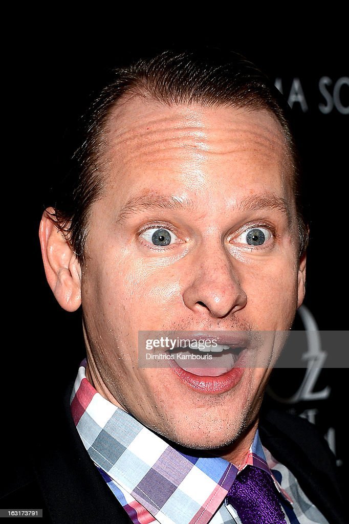 <a gi-track='captionPersonalityLinkClicked' href=/galleries/search?phrase=Carson+Kressley&family=editorial&specificpeople=202017 ng-click='$event.stopPropagation()'>Carson Kressley</a> attends the Gucci and The Cinema Society screening of 'Oz the Great and Powerful' at the DGA Theater on March 5, 2013 in New York City.