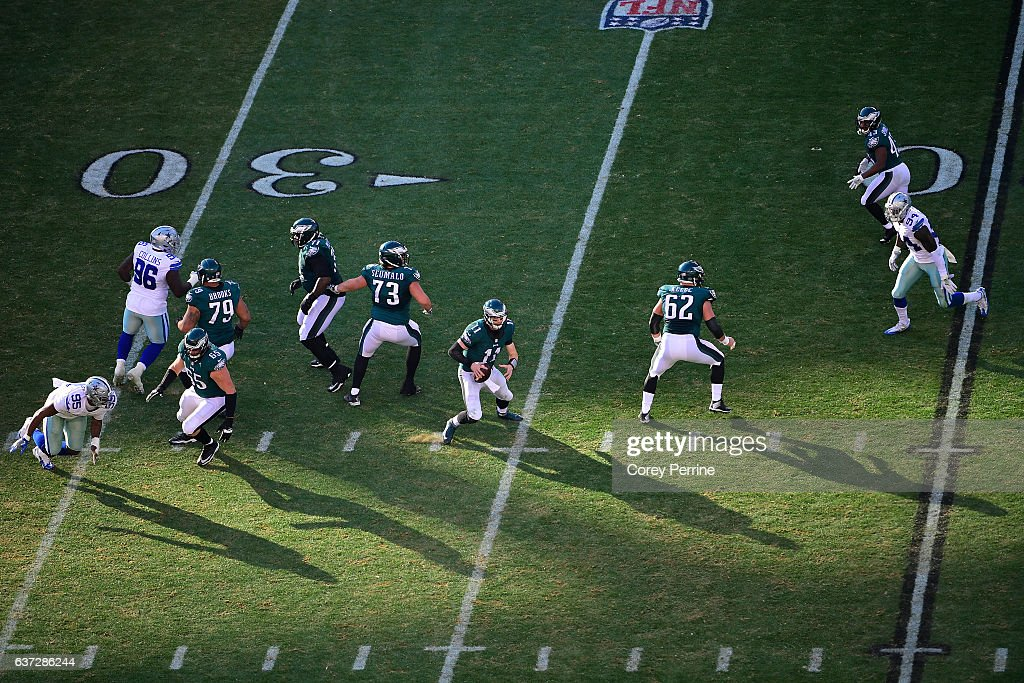 Carson Wentz #11 of the Philadelphia Eagles rushes against the Dallas Cowboys during the second quarter at Lincoln Financial Field on January 1, 2017 in Philadelphia, Pennsylvania. The Eagles won 27-13.