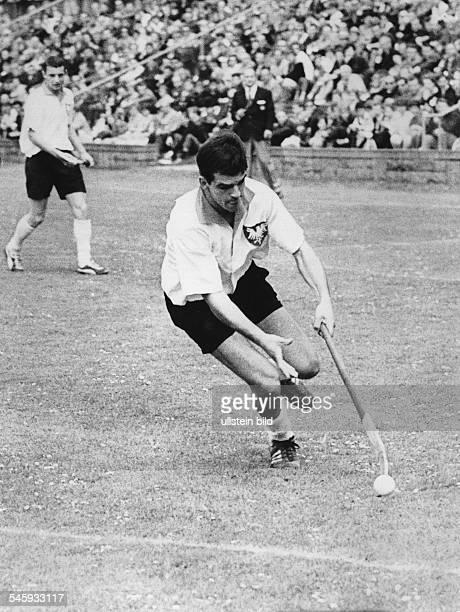 Carsten KellerSportler Hockeyspieler D*Sohn von Erwin Kellerim Spiel 1966