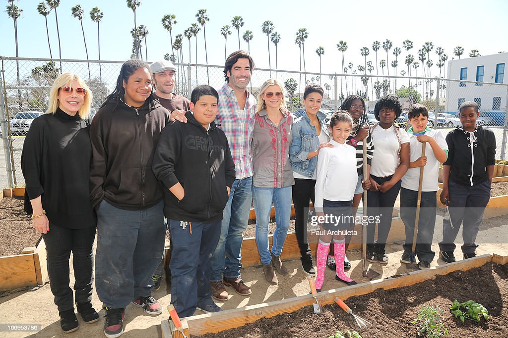 Carter Oosterhouse, Amy Smart and Emmanuelle Chriqui attend the Environmental Media Association's celebration of Earth Day at Cochran Middle School on April 18, 2013 in Los Angeles, California.