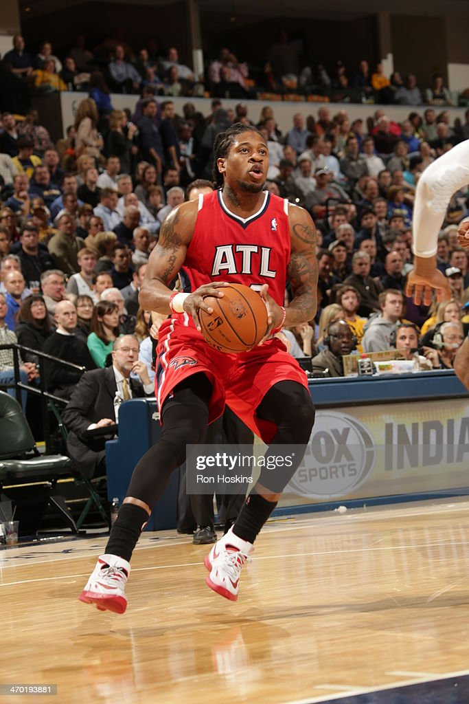 <a gi-track='captionPersonalityLinkClicked' href=/galleries/search?phrase=Cartier+Martin&family=editorial&specificpeople=834581 ng-click='$event.stopPropagation()'>Cartier Martin</a> #20 of the Atlanta Hawks controls the ball against the Indiana Pacers at Bankers Life Fieldhouse on February 18, 2014 in Indianapolis, Indiana.