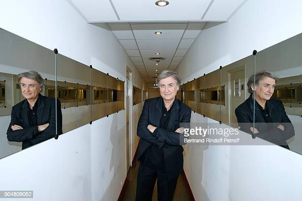 Cartoonist Plantu presents his Book 'Souris et TaisToi ' during the 'Vivement Dimanche' French TV Show at Pavillon Gabriel on January 13 2016 in...