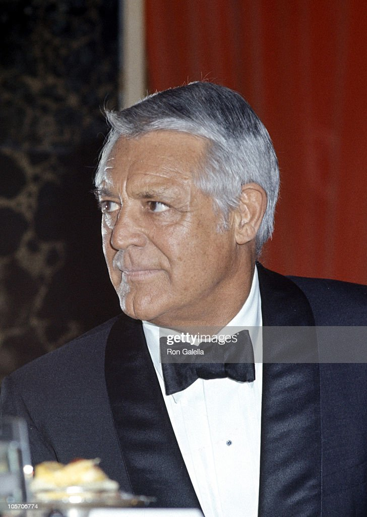 <a gi-track='captionPersonalityLinkClicked' href=/galleries/search?phrase=Cary+Grant&family=editorial&specificpeople=90519 ng-click='$event.stopPropagation()'>Cary Grant</a> during Academy of Magical Arts Awards - March 3, 1976 at Beverly Wilshire Hotel in Beverly Hills, California, United States.