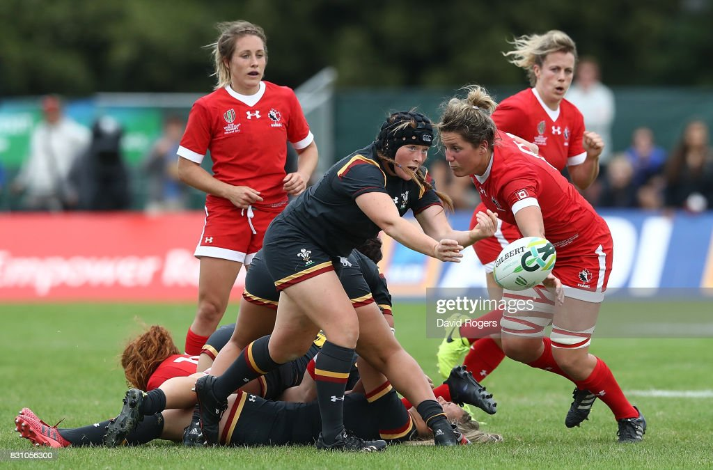 Caryl Thomas of Wales passes during the Women's Rugby World Cup 2017 match between Canada and Wales on August 13, 2017 in Dublin, Ireland.