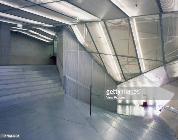 Rem koolhaas stock photos and pictures getty images for Casa musica microcentro