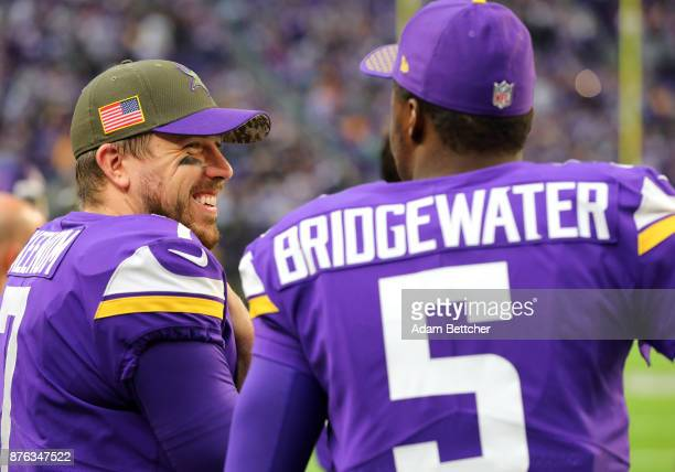 Case Keenum of the Minnesota Vikings with Teddy Bridgewater on the sidelines in the fourth quarter of the game against the Los Angeles Rams on...