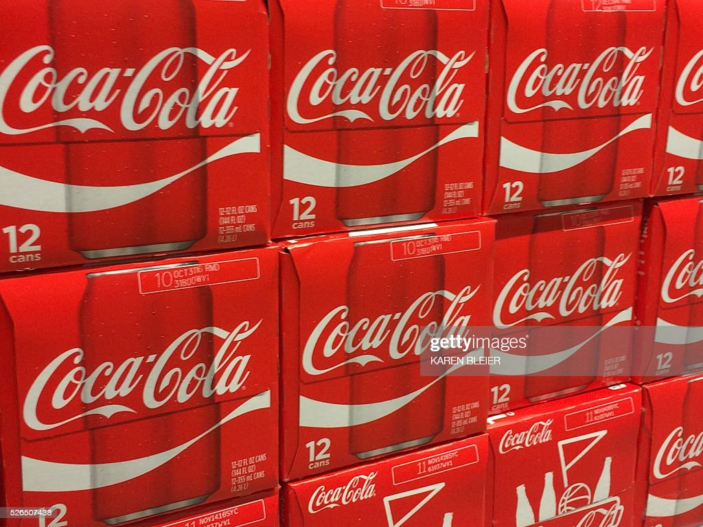 Cases of Coca-Cola on a grocery shelf April 30 in Gainesville, Virgina / AFP / Karen BLEIER