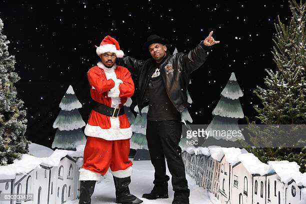 LIVE 'Casey Affleck' Episode 1714 Pictured Chance The Rapper and Darryl McDaniels during the 'Jingle Barack' sketch on December 17 2016