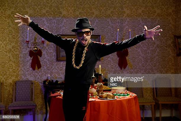 LIVE 'Casey Affleck' Episode 1714 Pictured Chance The Rapper during the 'Jingle Barack' sketch on December 17 2016