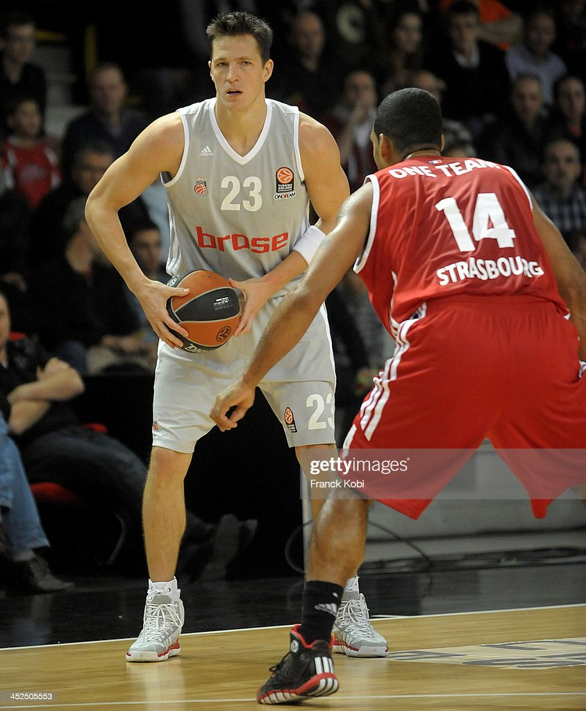<a gi-track='captionPersonalityLinkClicked' href=/galleries/search?phrase=Casey+Jacobsen&family=editorial&specificpeople=201618 ng-click='$event.stopPropagation()'>Casey Jacobsen</a>, #23 of Brose Baskets Bamberg in action during the 2013-2014 Turkish Airlines Euroleague Regular Season Date 6 game between Strasbourg v Brose Baskets Bamberg at Rhenus Sport on November 22, 2013 in Strasbourg, France.