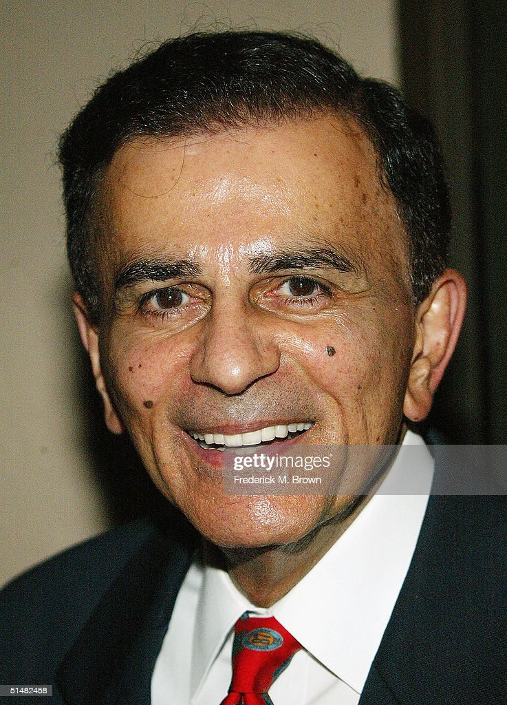 DJ <a gi-track='captionPersonalityLinkClicked' href=/galleries/search?phrase=Casey+Kasem&family=editorial&specificpeople=1545344 ng-click='$event.stopPropagation()'>Casey Kasem</a> attends the Seventh Annual Awards Dinner 63rd birthday celebration for Reverend Jesse L. Jackson, Sr. at the Beverly Hilton Hotel on October 14, 2004 in Beverly Hills, California. The event was sponsored by the Rainbow/Push and the Citizenship Education Fund.
