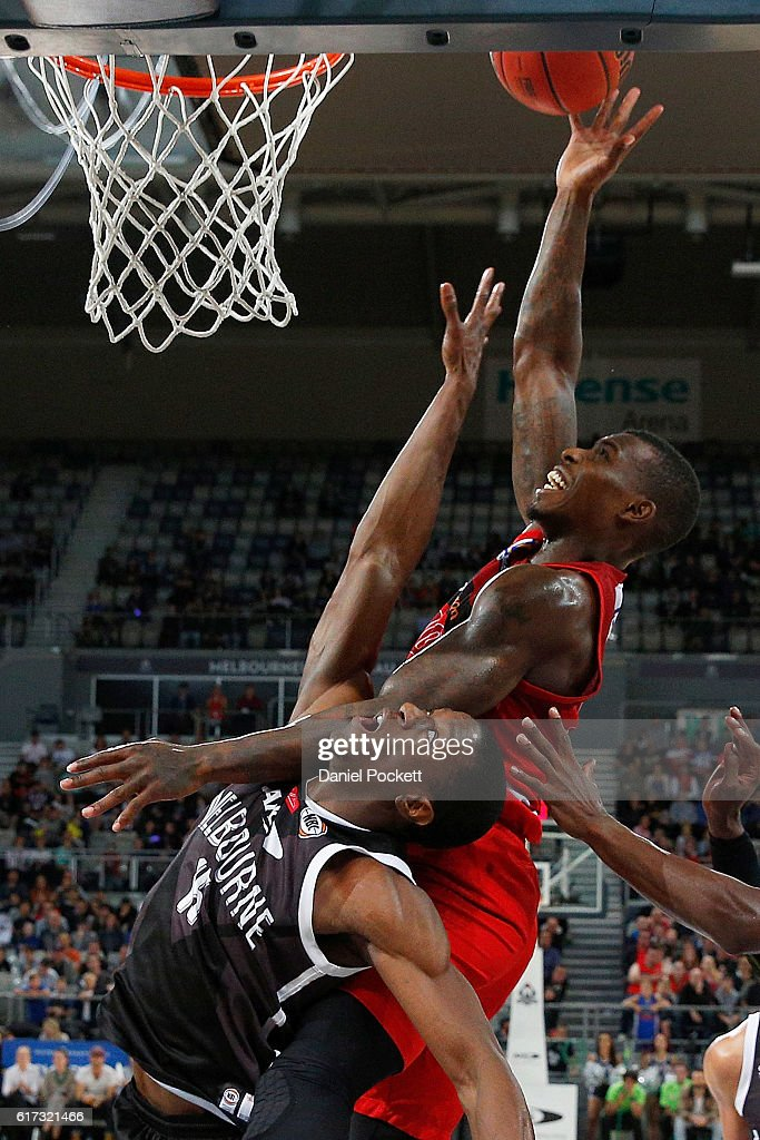 Casey Prather of the Wildcats puts up a shot against Owen Odigie of Melbourne United during the round three NBL match between Melbourne United and the Perth Wildcats at Hisense Arena on October 23, 2016 in Melbourne, Australia.