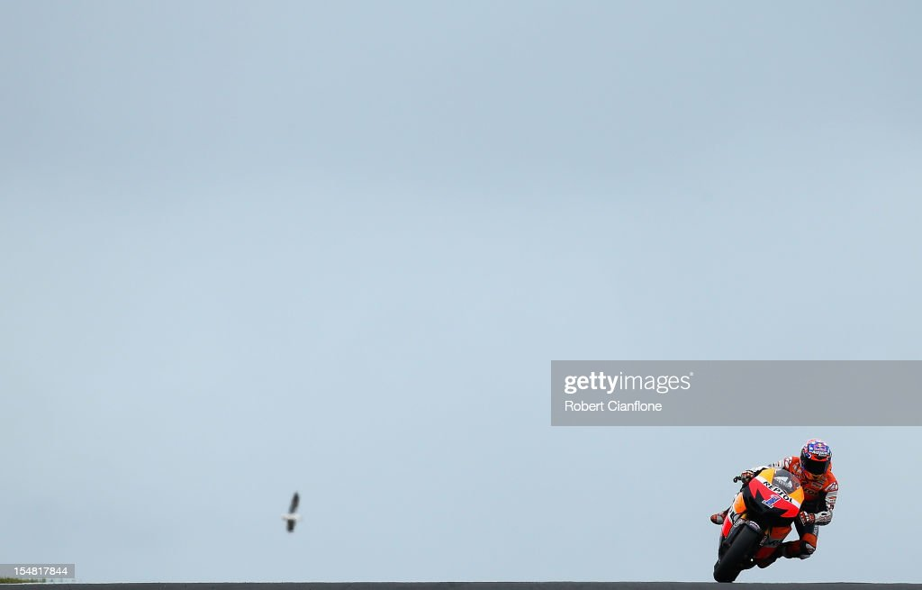 Casey Stoner of Australia rides the #1 Repsol Honda Team Honda during qualifying for the Australian MotoGP, which is round 17 of the MotoGP World Championship at Phillip Island Grand Prix Circuit on October 27, 2012 in Phillip Island, Australia.