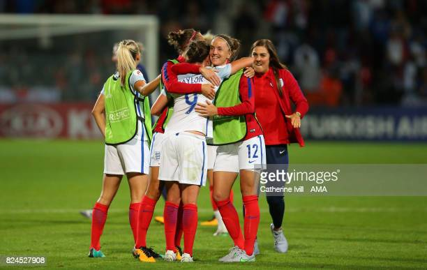 Casey Stoney of England Women hugs Jodie Taylor of England Women after the UEFA Women's Euro 2017 match between England and France at Stadion De...