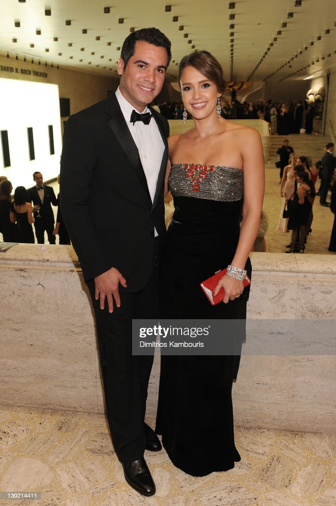 Cash Warren and Jessica Alba attend an evening with Ralph Lauren hosted by Oprah Winfrey and presented at Lincoln Center on October 24 2011 in New...