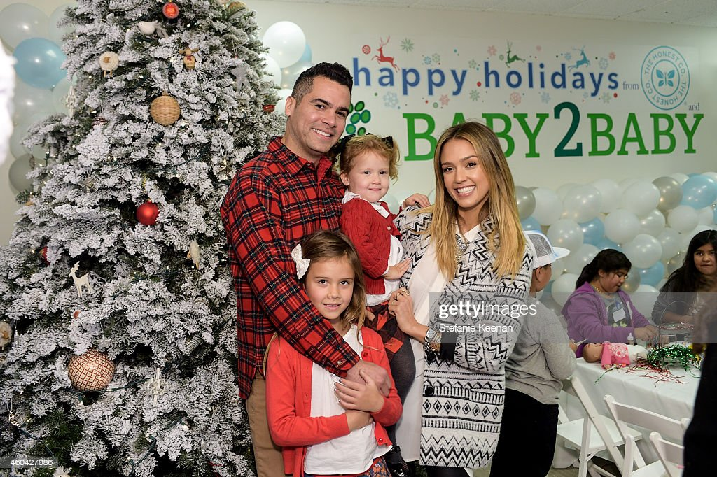 Cash Warren Jessica Alba Honor Warren and Haven Warren attend Baby2Baby Holiday Party Presented By The Honest Company at Baby2Baby Headquarters on...